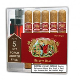 Sampler Romeo y Julieta Reserva Real Toro - 5 Toro Cigars & Triple Flame Lighter